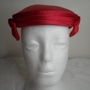 Vintage 1960s pillbox Bright Red hat with side bow